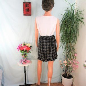 Nanette Lepore Skirts - Nanette Lepore Black Cream Pattern Soft Wool Mini